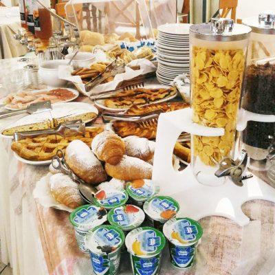 hotel-festival-2-stelle-viserbella-colazione-a-buffet